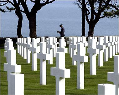 http://www.mazh.com/z1/pics/FR-Normandy-Colleville%20Cem1.jpg